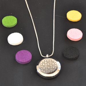 Aromatherapy Necklace Small - Stars with Assorted Oil Pads